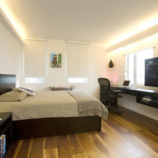 Modern Bedroom by Clifton Leung Design Workshop - CLDW.com.hk