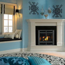 Traditional Bedroom by Heat & Glo Fireplaces: Designed to Inspire