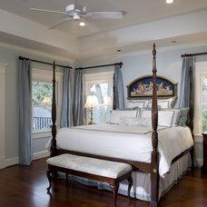 Craftsman Bedroom by Brickmoon Design