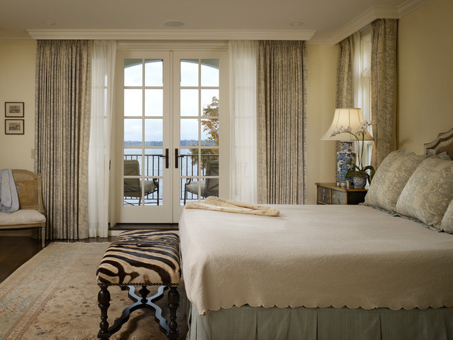 Traditional Bedroom by Charter Construction