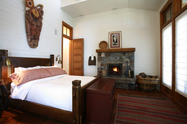 Rustic Bedroom by Bosworth Hoedemaker