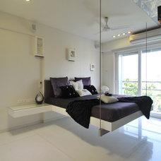 Modern Bedroom by Sonali shah