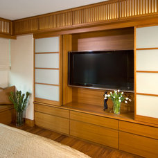 Modern Bedroom by Studio Becker- Bespoke Cabinetry and Millwork