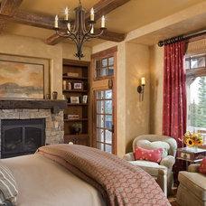Rustic Bedroom by Design Associates - Lynette Zambon, Carol Merica