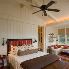 Bedroom by JMA (Jim Murphy and Associates)