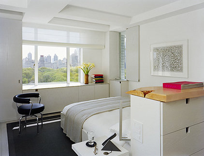 Modern Bedroom by Hanrahan Meyers Architects