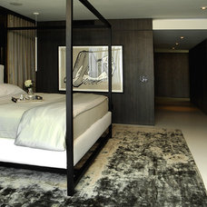 Modern Bedroom by Troy Dean Interiors