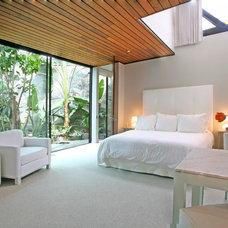 Contemporary Bedroom by Ab Design Studio
