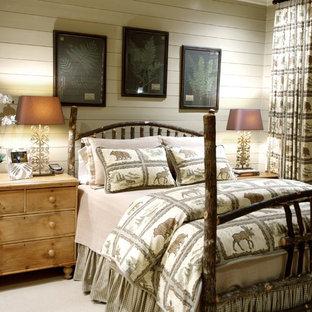 Foto de dormitorio rústico, sin chimenea, con paredes blancas