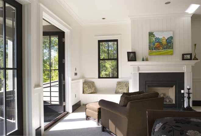Contemporary Bedroom by Wayne Windham Architect, P.A.