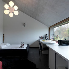 Contemporary Bedroom by LEICHT HAUS