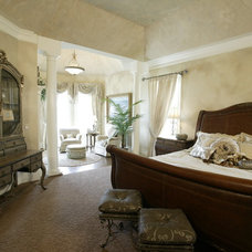 Traditional Bedroom by Robert Lucke Homes
