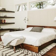 Midcentury Bedroom by Matthew Niemann Photography