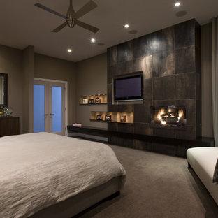 Diseño de dormitorio actual con paredes grises