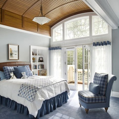 traditional bedroom by Catalano Architects