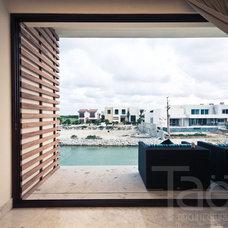 Modern Bedroom by Taö Architecture Studio