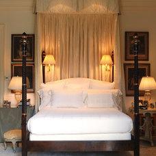 Traditional Bedroom by Lars Bolander Ltd
