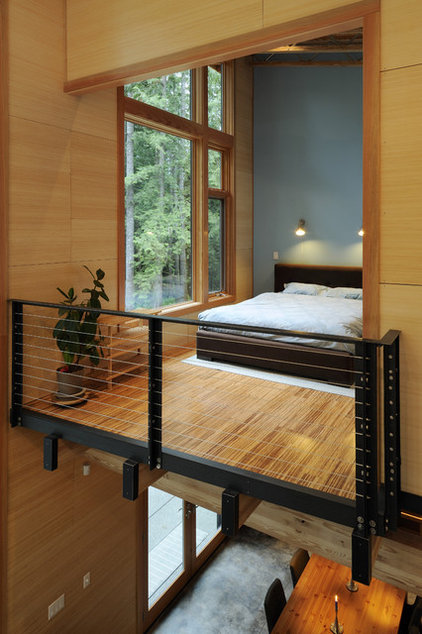 Contemporary Bedroom by Johnston Architects