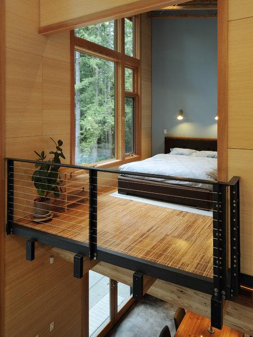 chambre avec un sol en bambou et un mur bleu photos et id es d co de chambres. Black Bedroom Furniture Sets. Home Design Ideas