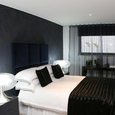 Contemporary Bedroom by Sacha Jacq Interiors