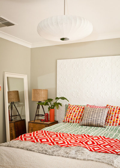 10 Tips To Make A Small Bedroom Feel Larger