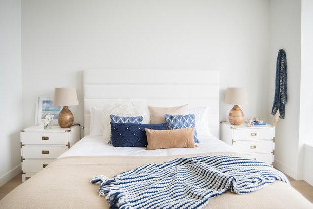 コンテンポラリー 寝室 by Julia Sperling Photography
