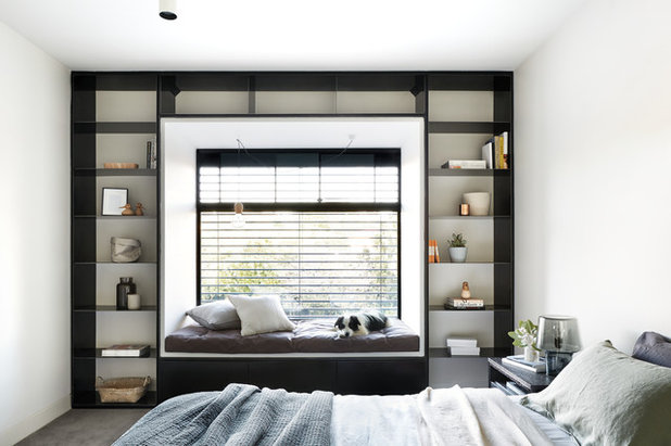 Modern Bedroom by PLANtoBUILD