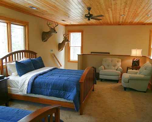 Hunting cabin ideas pictures remodel and decor for Hunting cabin bedroom