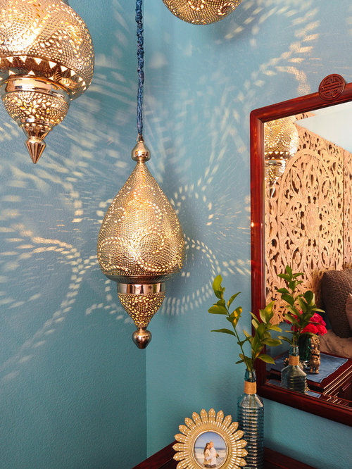 Images de d coration et id es d co de petites maisons mur for Moquette bleu canard