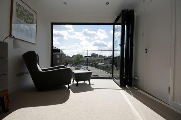 Contemporary Bedroom by Ajax Builders London