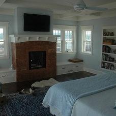 Contemporary Bedroom by David Edrington, Architect