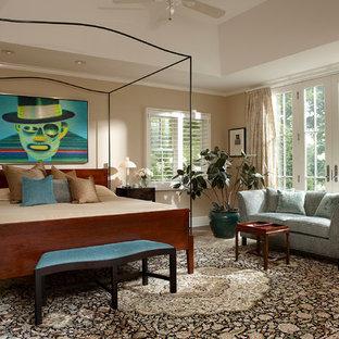 Bedroom - traditional bedroom idea in Chicago with beige walls