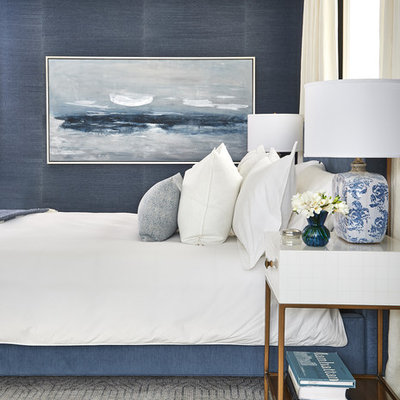 Bedroom - transitional bedroom idea in Toronto with blue walls