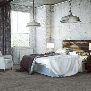Industrial Schlafzimmer mit Vinylboden in Sonstige