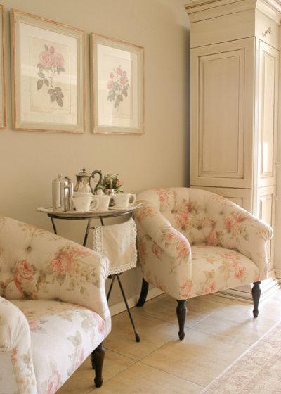 Shabby-chic Style Bedroom by Karen Schaefer Louw