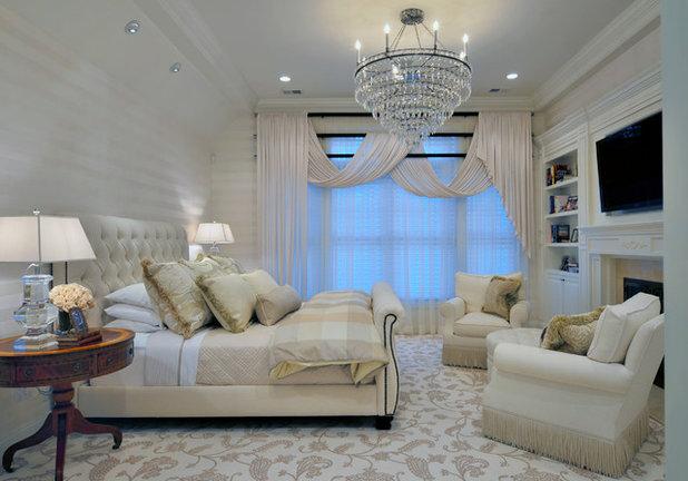 Классический Спальня by Carolyn Miller Interiors