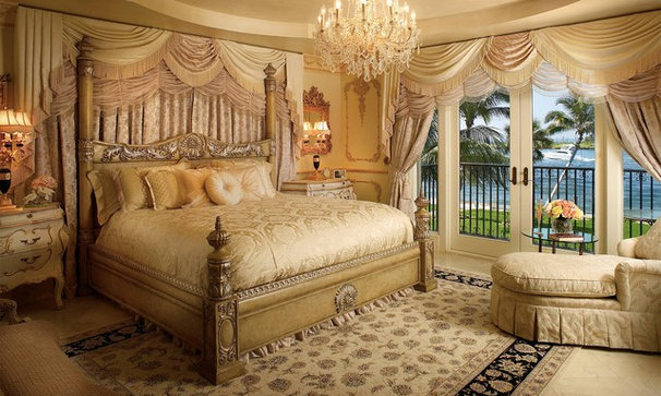 Traditional Bedroom by Grossman Photography