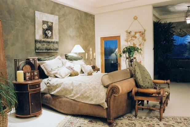 Modern Bedroom by interior designer in Noida