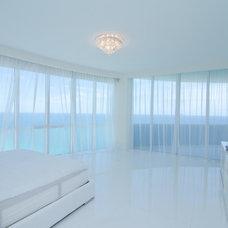 Modern Bedroom by Stambul LLC