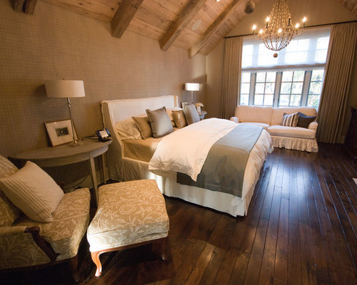 Wood flooring bedroom houzz for Wood flooring for bedrooms