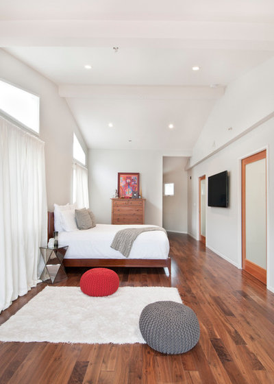 Contemporain Chambre by Avesha Michael Photography
