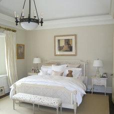 Traditional Bedroom by Richard Kotz, Architect