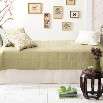 Iron & Brass Sleigh Daybed- Vintage White