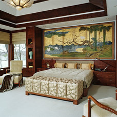 Asian Bedroom by DesRosiers Architects