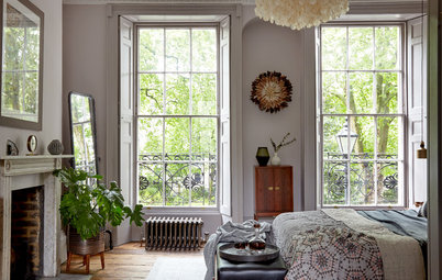 Period Details and Luxe Touches Mingle in a London Bedroom