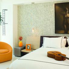 Contemporary Bedroom by Miriam Moore Design Studio LLC