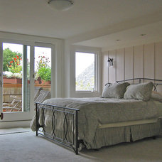 Traditional Bedroom by James Hill Architect