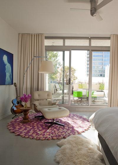 Modern Bedroom by jamesthomas Interiors