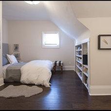 Traditional Bedroom by Melissa Davis