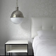 modern bedroom by Jeremy Kohm Photography
